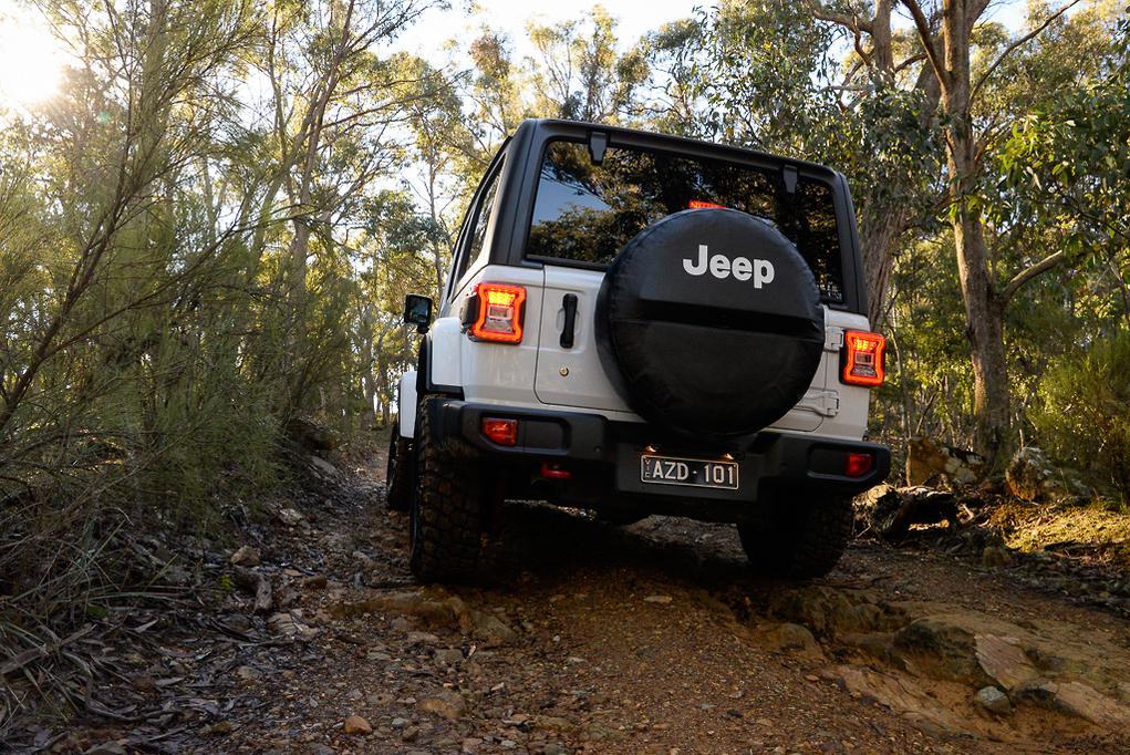 Jeep Wrangler Diesel >> Jeep Wrangler Rubicon 2019 Review Www Carsales Com Au