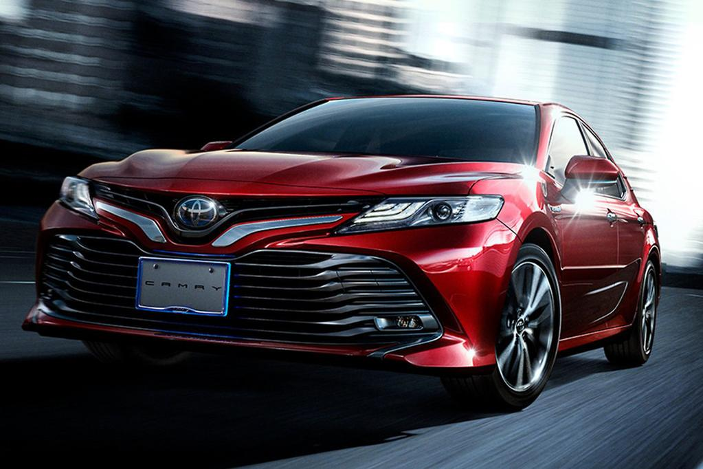 The Differences Are Subtle Amounting To Revised Headlight Fog Light And Grille Treatments But Australia S Next Camry Will Be Based On Premium Look