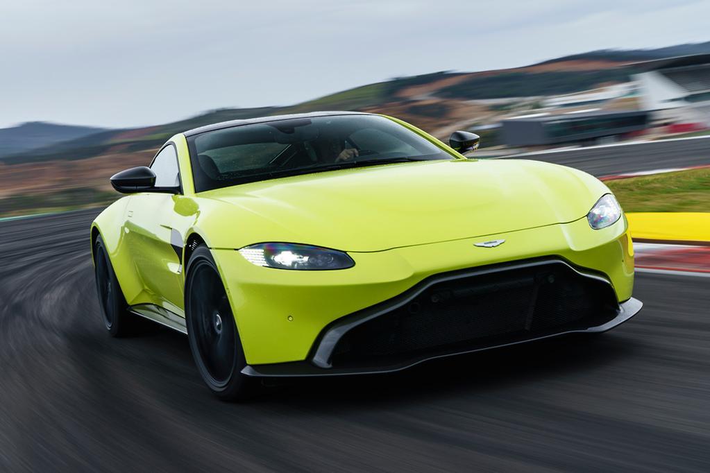 Aston Martin Vantage Review Wwwcarsalescomau - 2018 aston martin v8 vantage