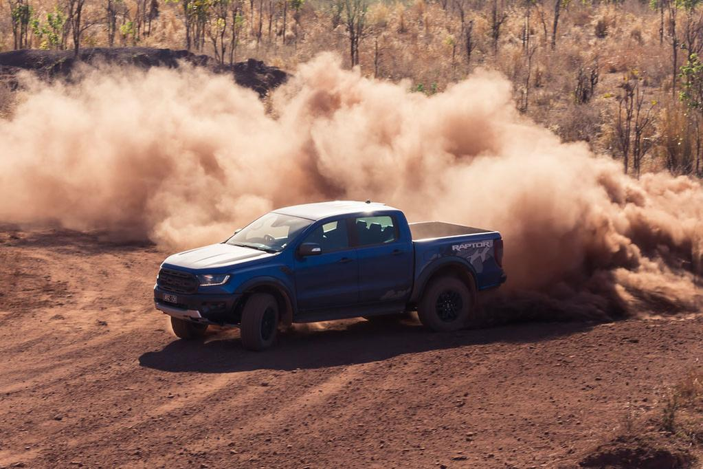 Why does the Ford Ranger Raptor only have a 2 0-litre engine? - www