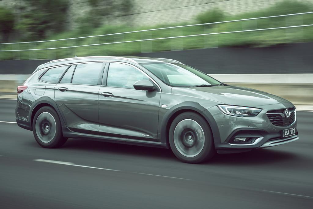 Holden Calais-V Tourer 2019 Review - www carsales com au