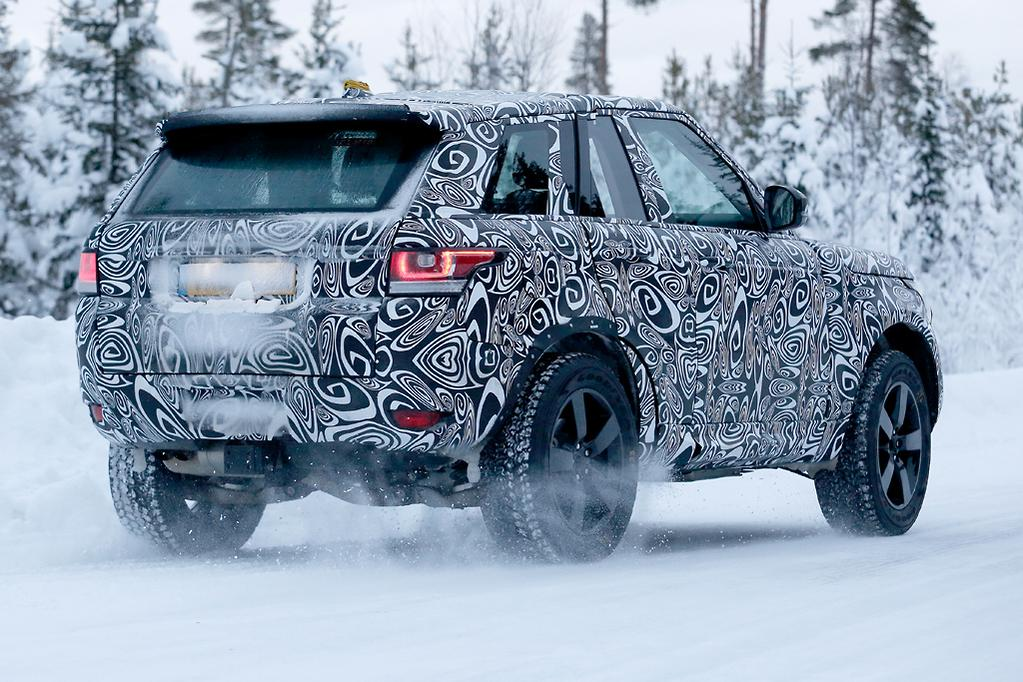 Spy Pics New Land Rover Defender Www Carsales Com Au