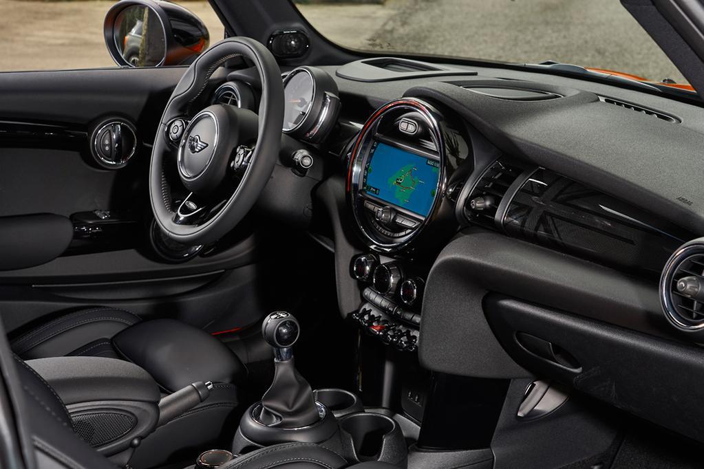 MINI Cooper 2018 Review - www carsales com au