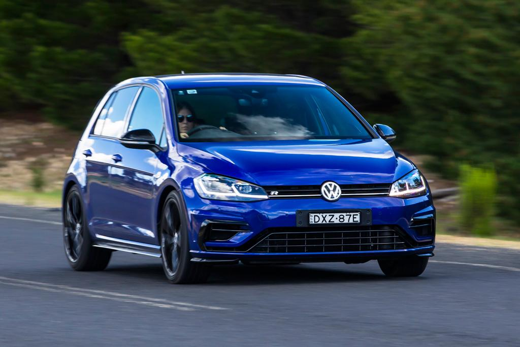 Volkswagen Golf R Special Edition 2018 Review - www carsales