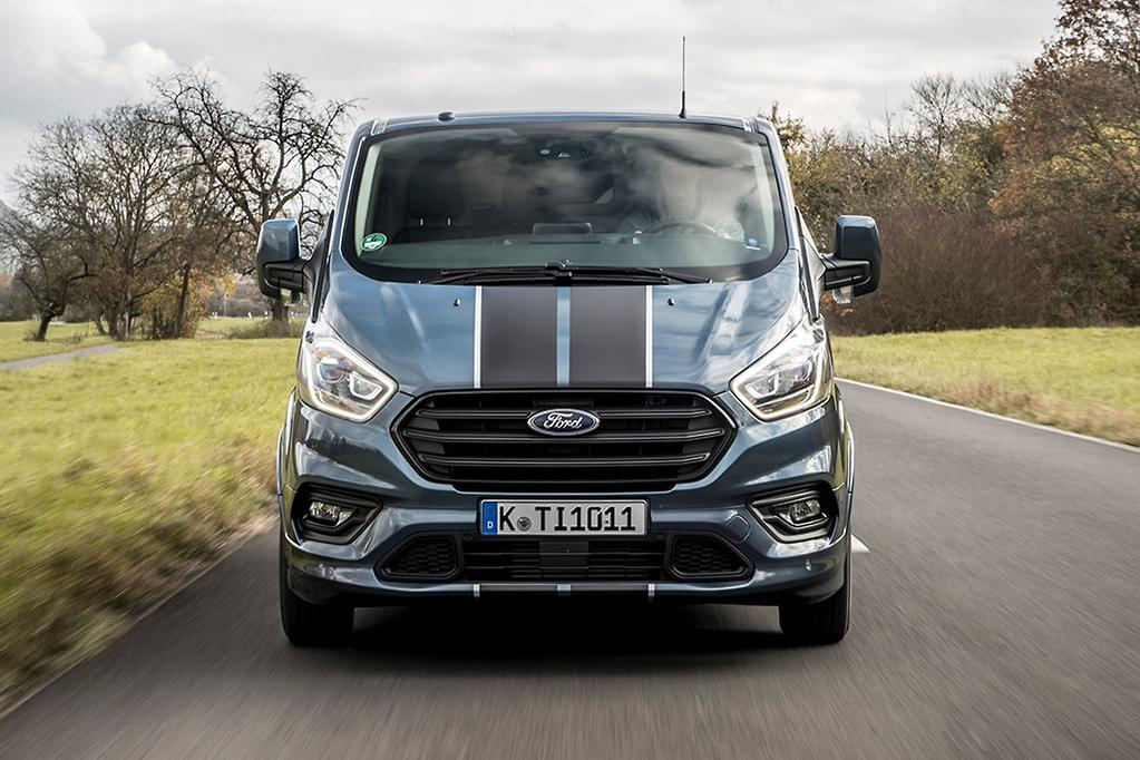 Updated Ford Transit Customs looming - www carsales com au