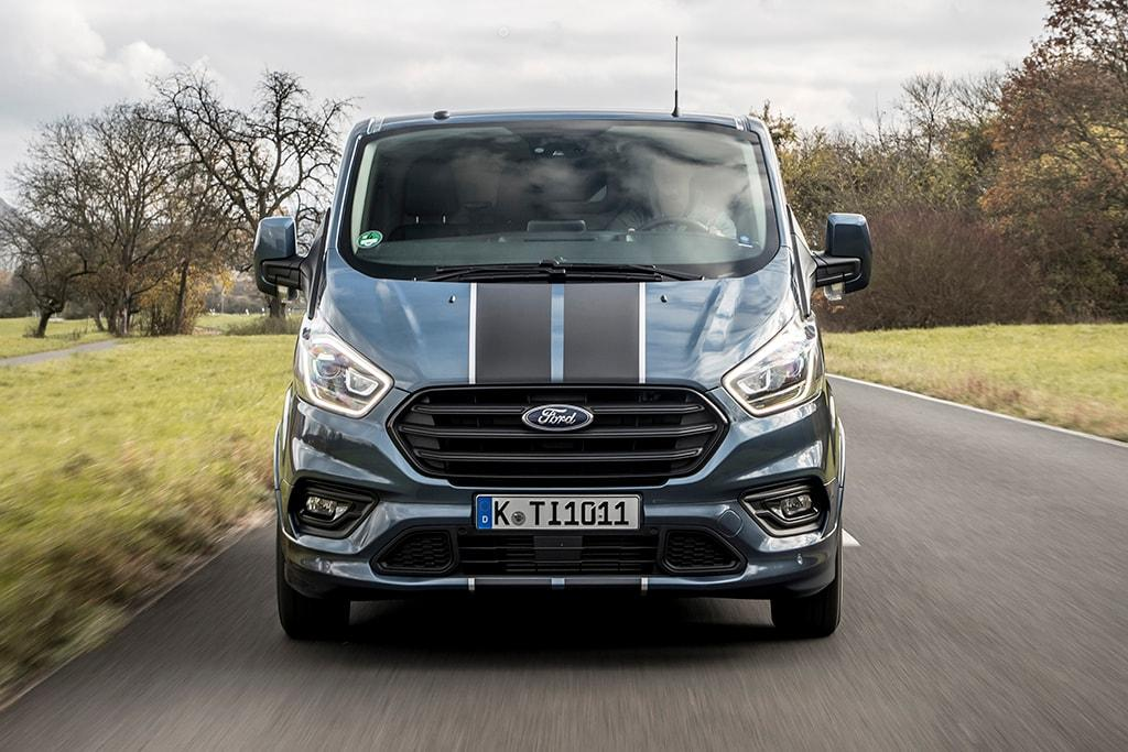 14160d7c62 Updated Ford Transit Customs looming - www.carsales.com.au