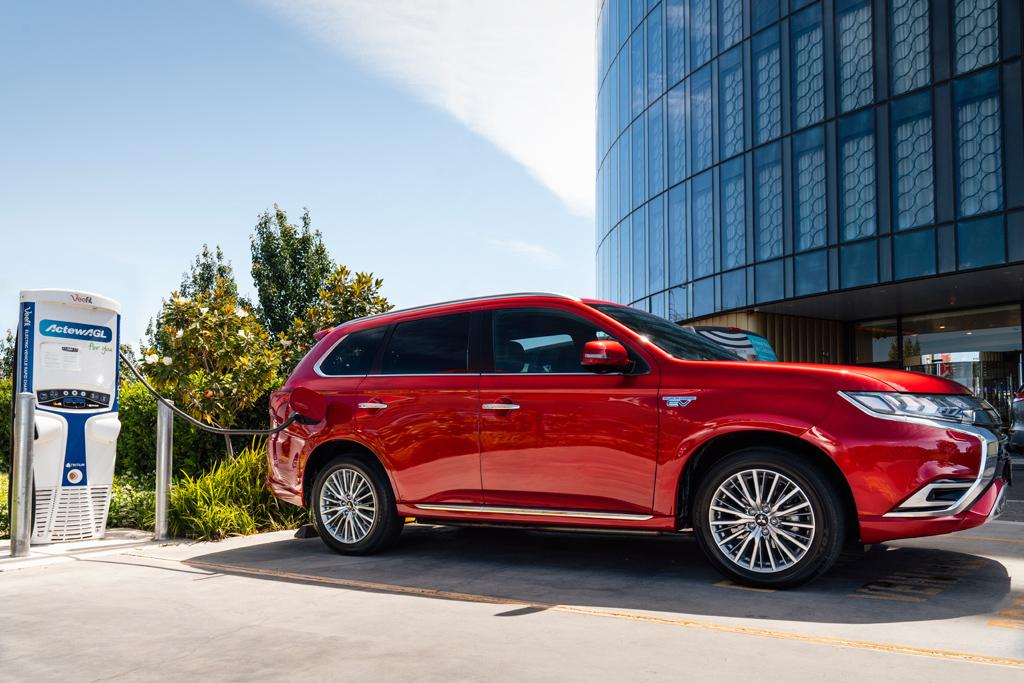 2020 Mitsubishi Outlander Sport Updated Styling And Infotainment System Release Price >> New Car Calendar 2020 Www Carsales Com Au