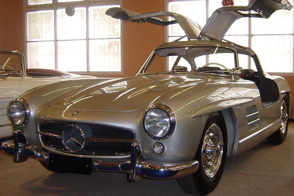 Gullwing Mercedes t Autos