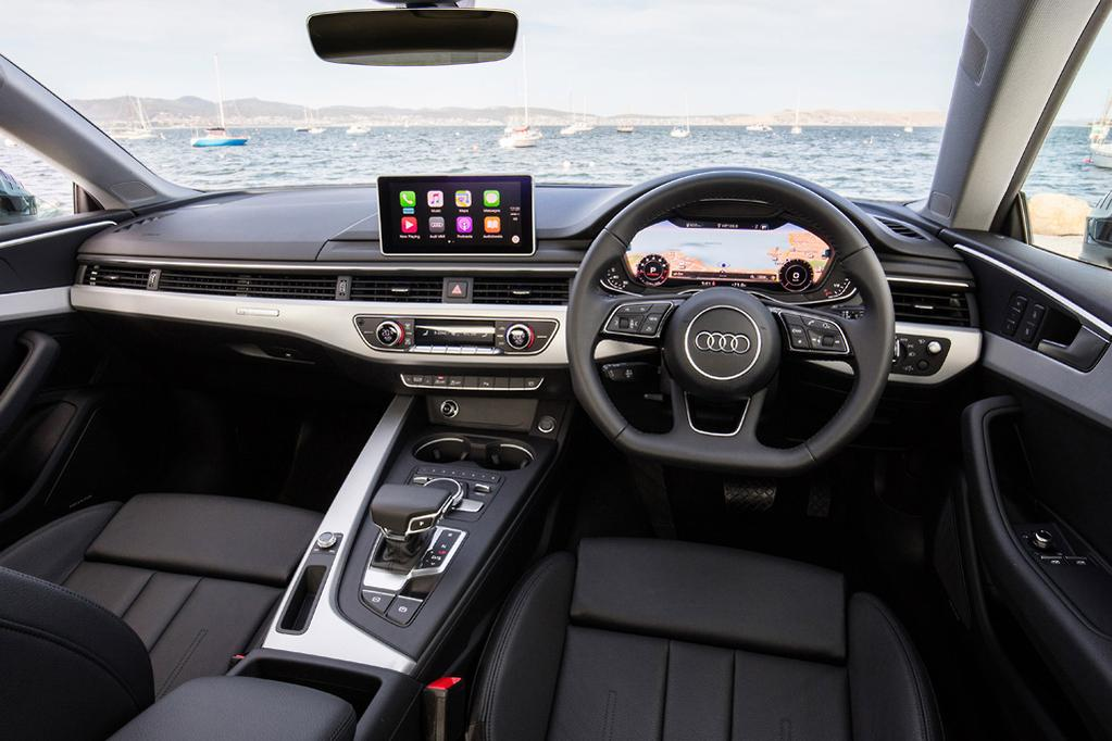 Audi S Virtual Pit Is The Central Theme Offering Choice Of A More Or Less Conventional Display With Easy Functionality An Almost Cinematic