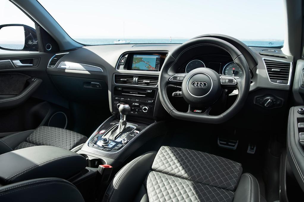 Audi SQ5 plus 2016 Review - www carsales com au