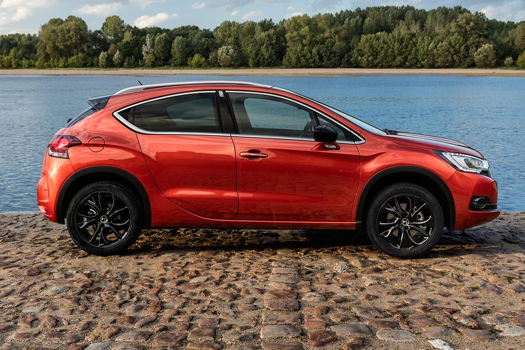 Ds 4 Crossback Hits Oz Carsales