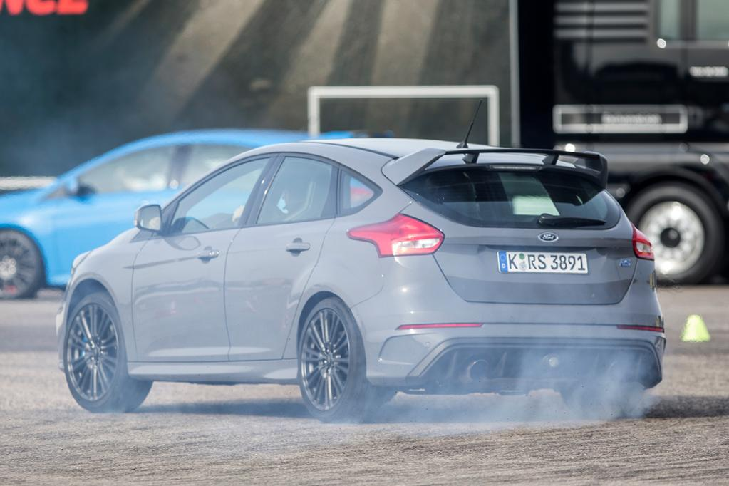 Ford Focus Rs Drift Mode Tested Www Carsales Com Au
