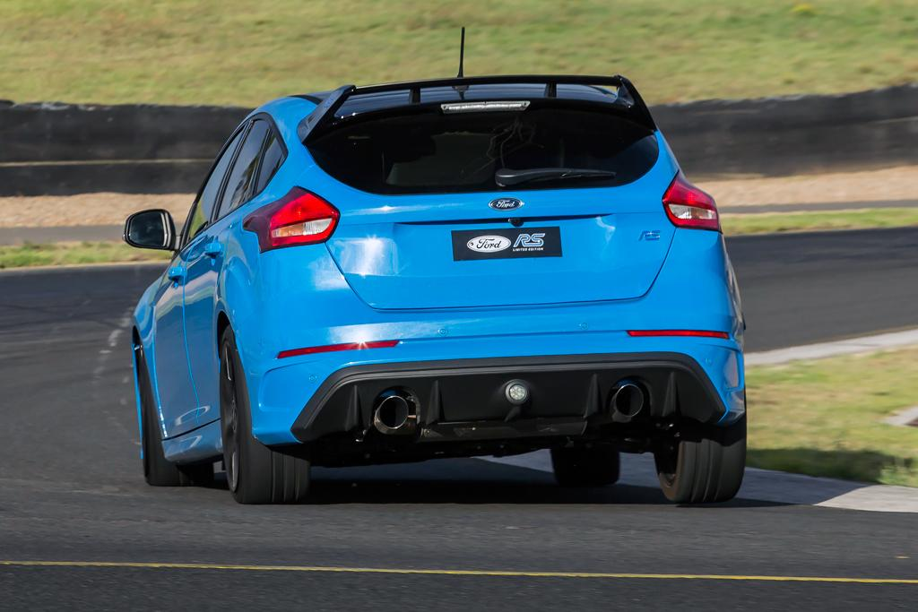 Ford Focus Rs Limited Edition 2017 Review Carsales Com Au