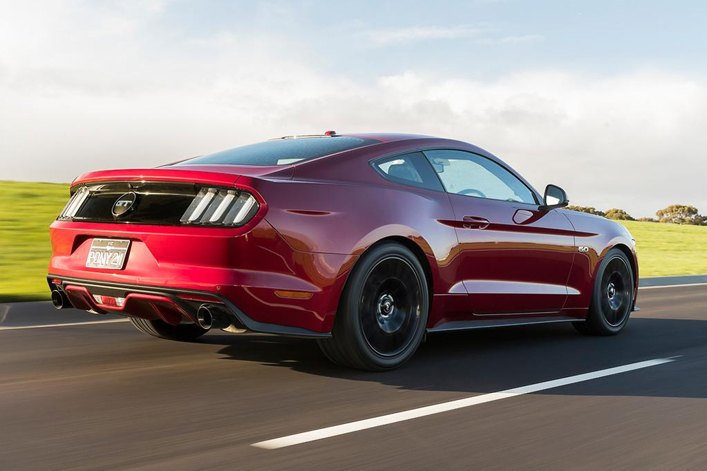 Ford Mustang Performance Pack 2017 Review - www carsales com au