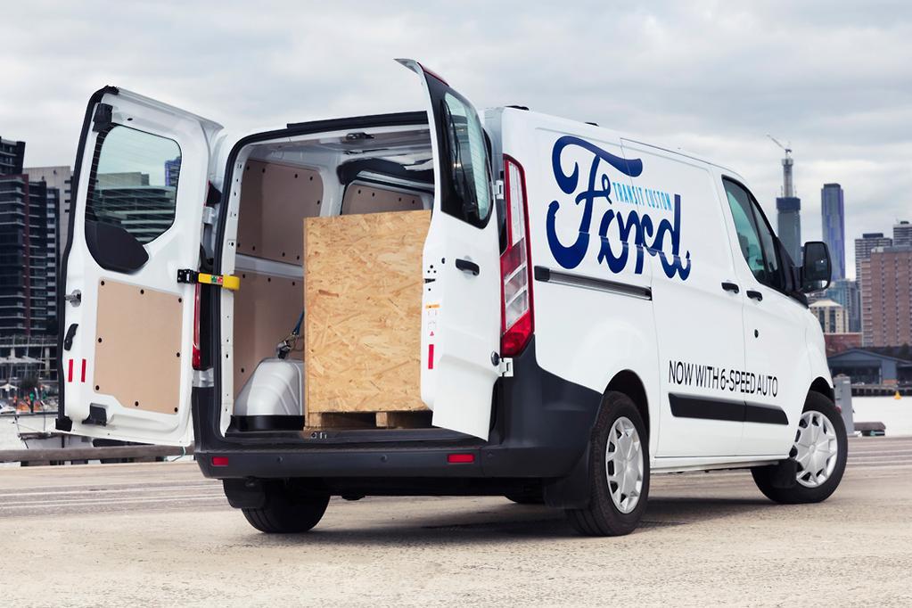 ad6fed0e5f Ford Transit Custom 2017 Review - www.carsales.com.au
