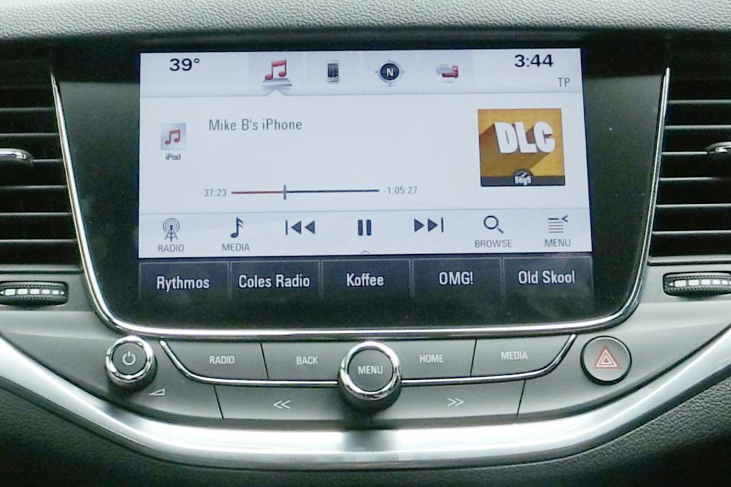Infotainment Review: Holden Astra - www carsales com au