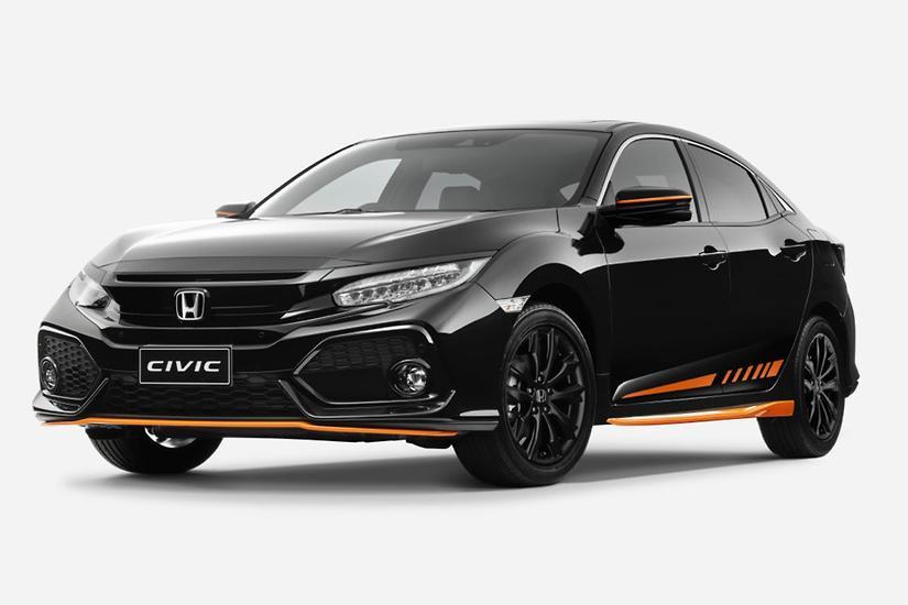 Orange Action For Honda S New Civic Hatchback Www Carsales Com Au