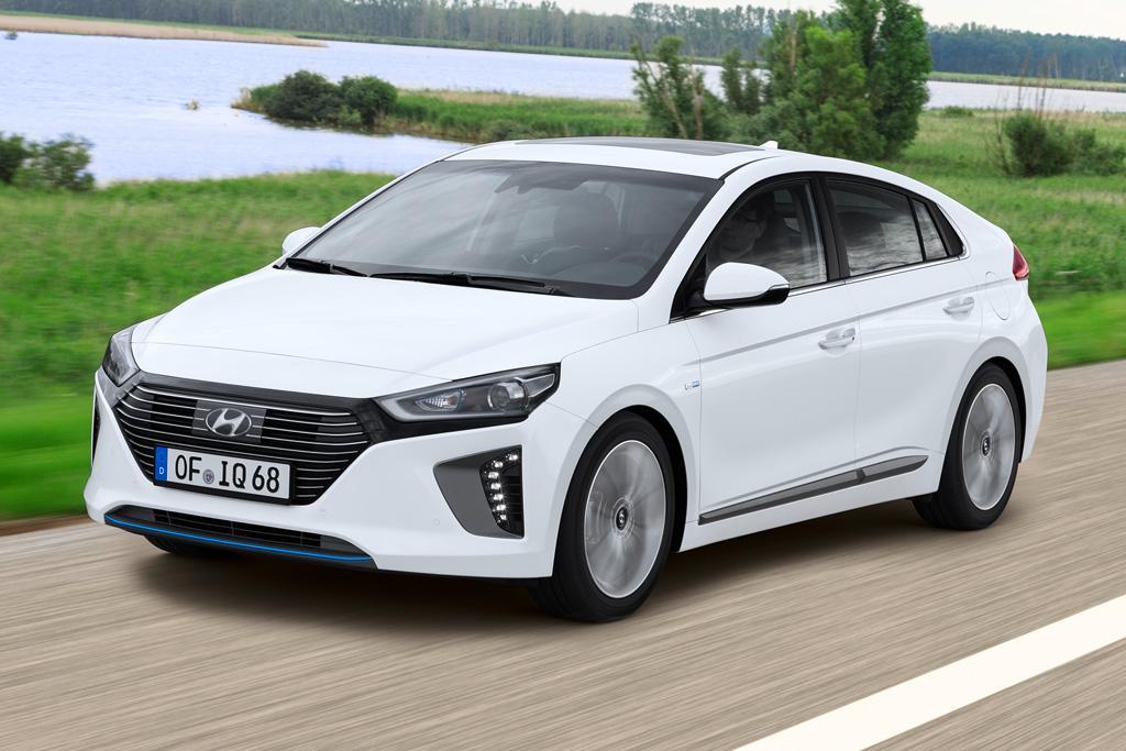 Hyundai Ioniq Hybrid 2016 Review