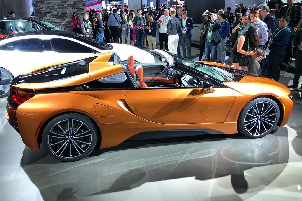 La Motor Show Bmw I8 Roadster Revealed Www Carsales Com Au
