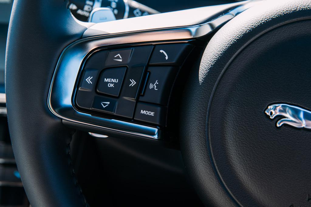 Infotainment Review: Jaguar InControl Touch Pro - www