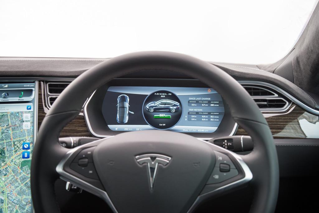 Infotainment Review: Tesla Model S - www carsales com au