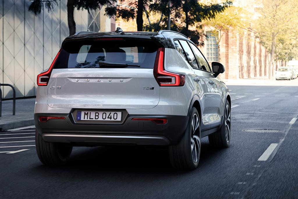 The Xc40 Will Have To Wait For Electrification Even Though Volvos New Car Vehicle Line Director For Both The V40 And The Xc40 Alexander Petrofski