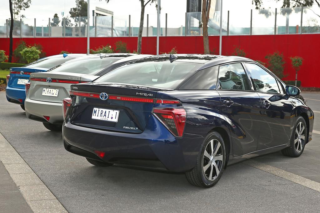 Toyota fuel-cell cars arrived Down Under - www carsales com au