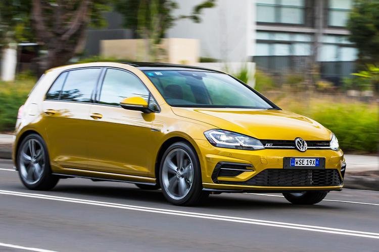 Volkswagen Golf 2017 Review - www carsales com au