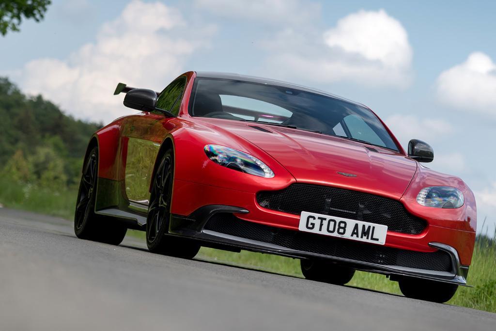 Aston Martin Vantage GT8 2016 Review - www carsales com au