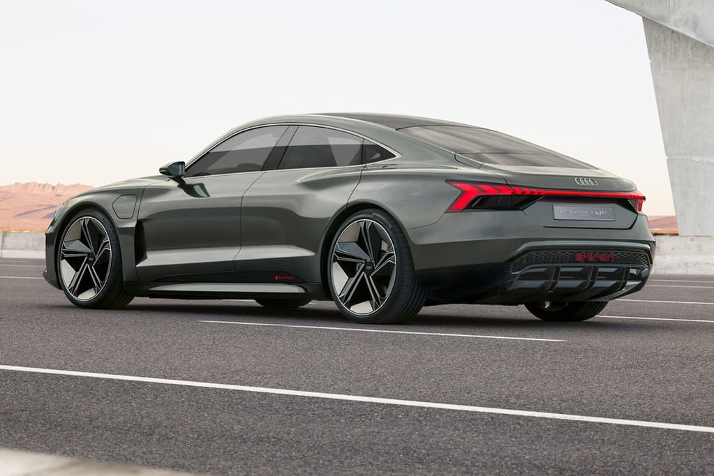 La Motor Show Audi E Tron Gt Is An Electric Super Liftback Www