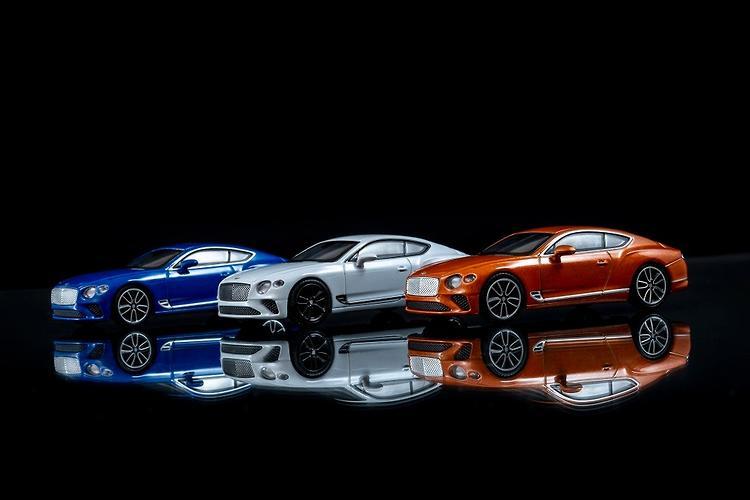 Bentley Continental GT 1:43 Storm Grey Bentley dealer Edition
