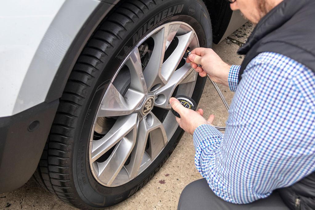 2009 vw beetle tire pressure