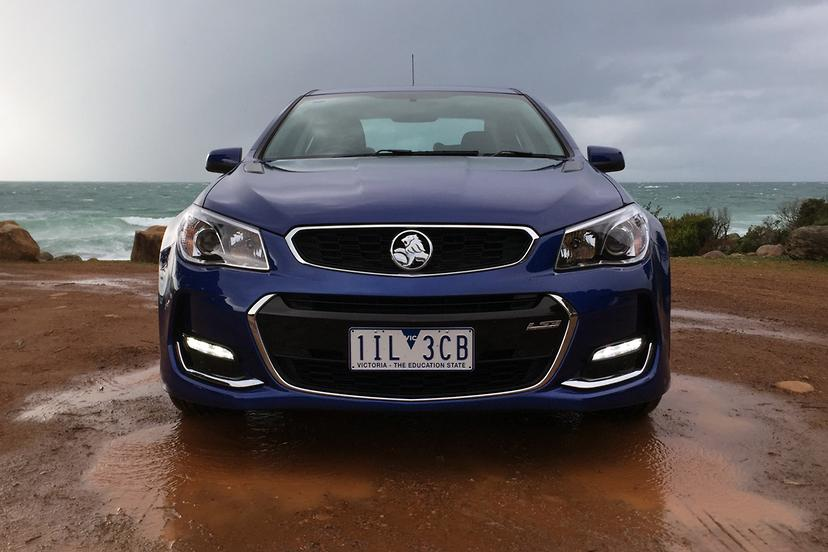 Holden Commodore SS 2017 Review | carsales com au