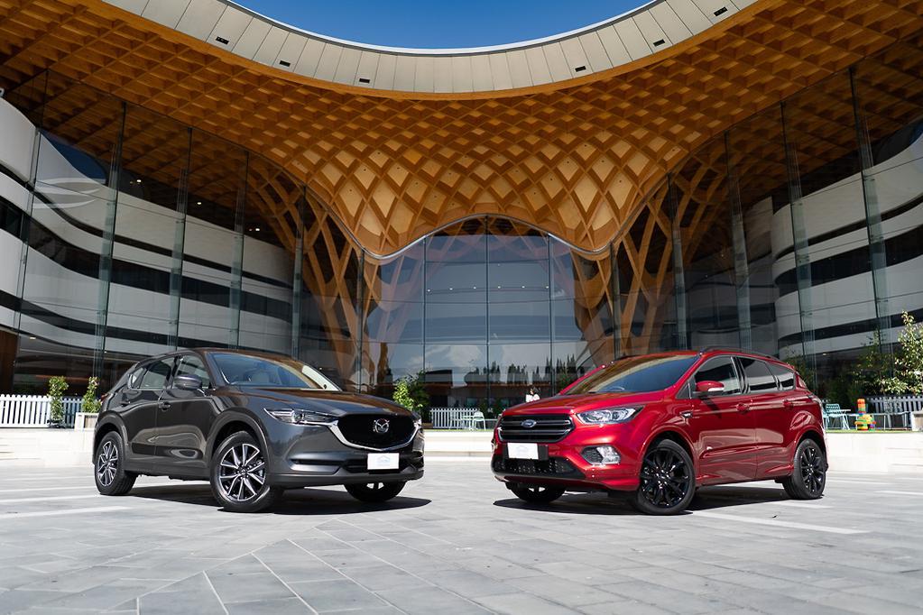 Ford Escape St Line Vs Mazda Cx 5 Gt Turbo Head2head Www