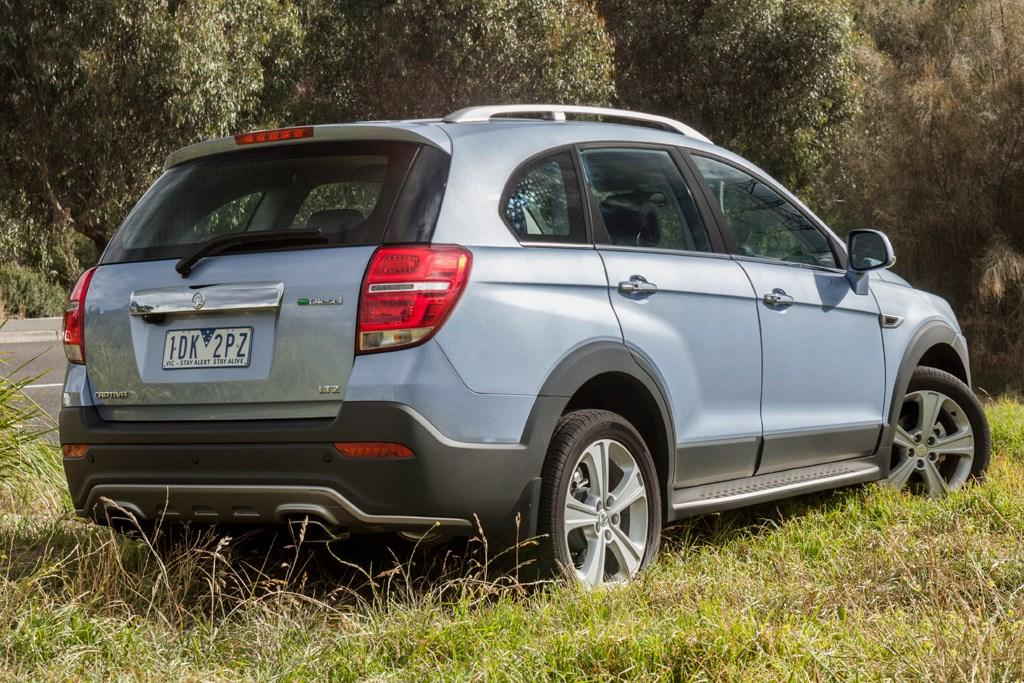 Holden Captiva 7 2015 Review - www carsales com au