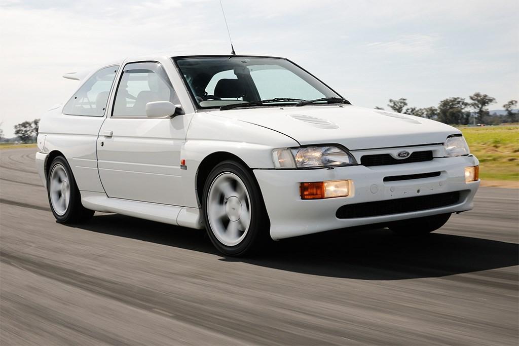Ford Escort RS Cosworth: Retro Review - www carsales com au