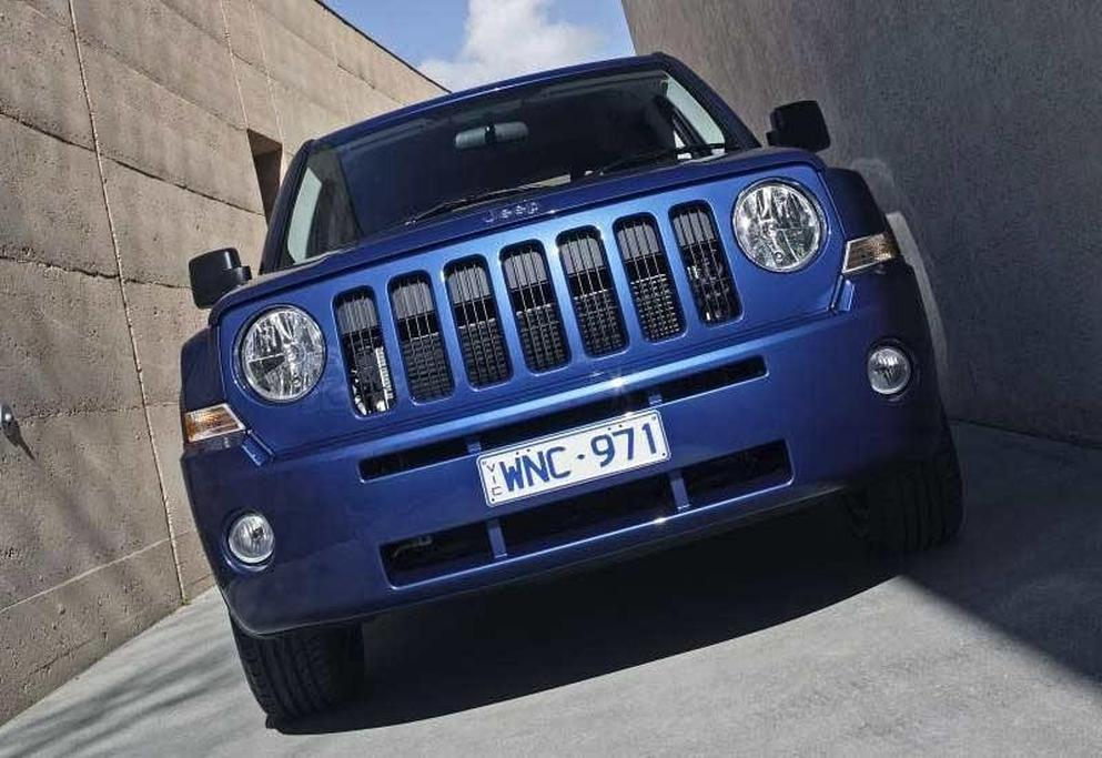 Jeep Patriot Limited and Sport - www carsales com au