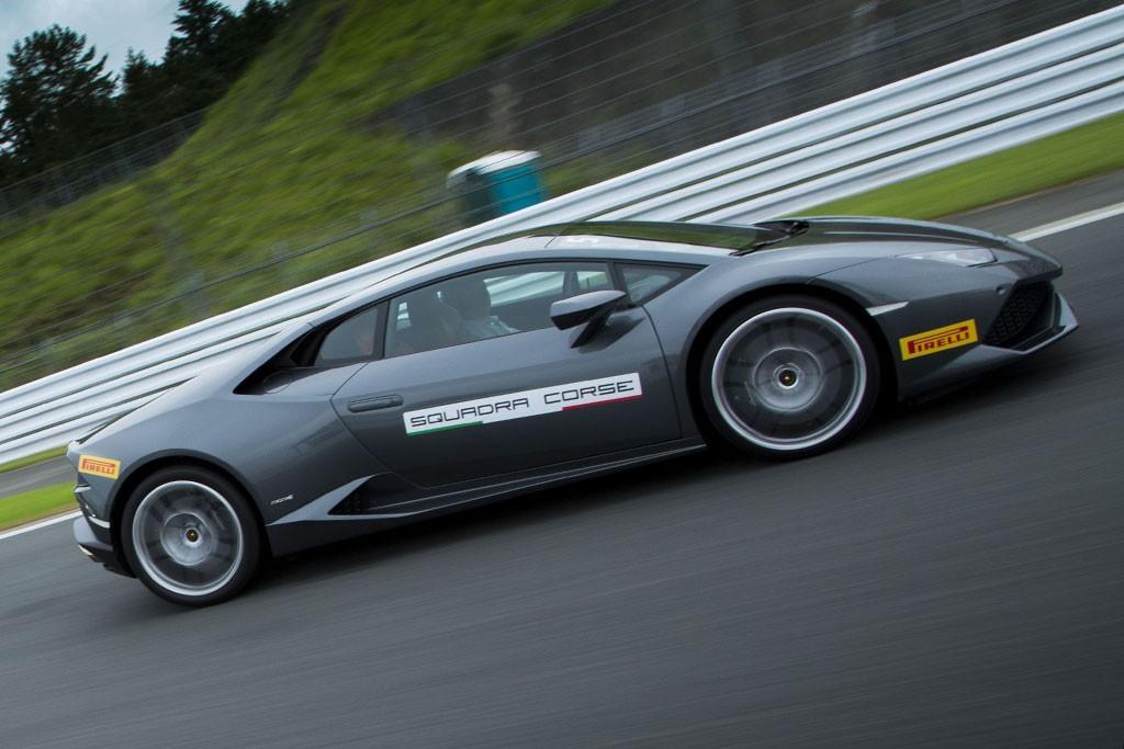 Lamborghini Huracan Lp 610 4 2014 Review Www Carsales Com Au