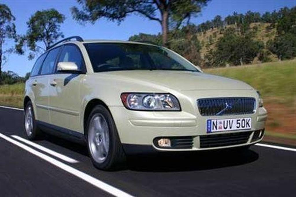 Volvo V50 (2004-) - www carsales com au