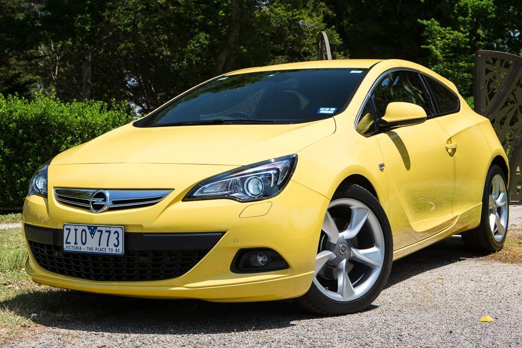 Opel Astra Gtc 2017 Road Test