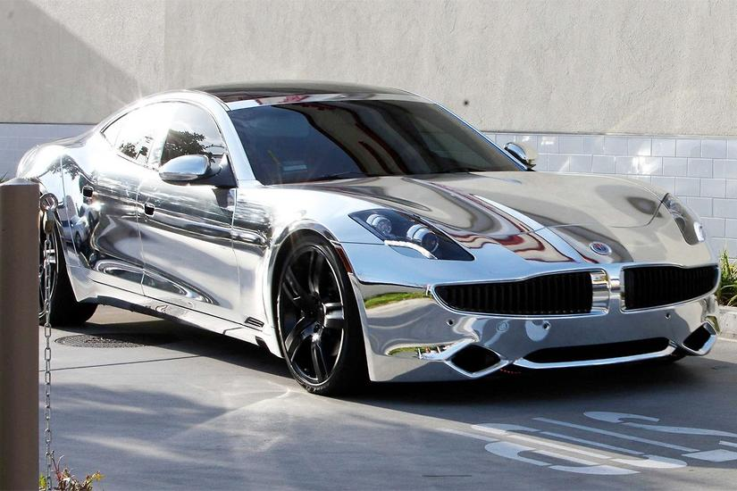 Justin Bieber's chrome-plated electric supercar in the news