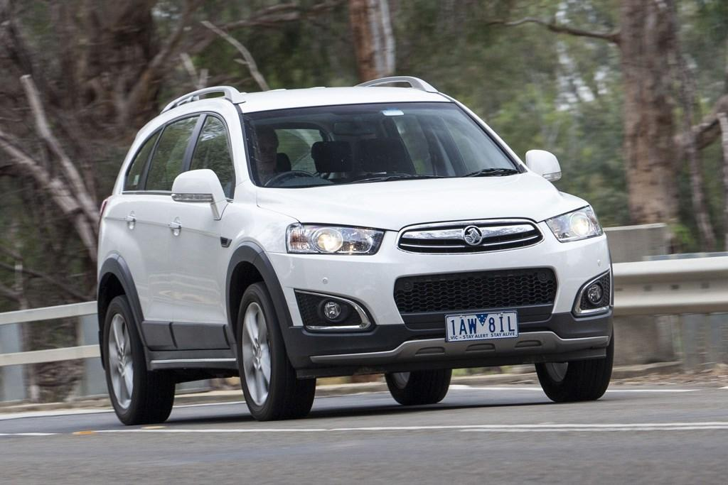 Holden Captiva 7 2015 Review Carsales