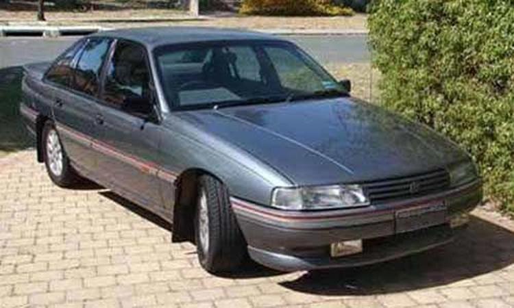 used car advice holden vn vp commodore v8 ss www carsales com auVn Vq Vr Commodore Partsvncalaispowerwindowmodulejpg #11