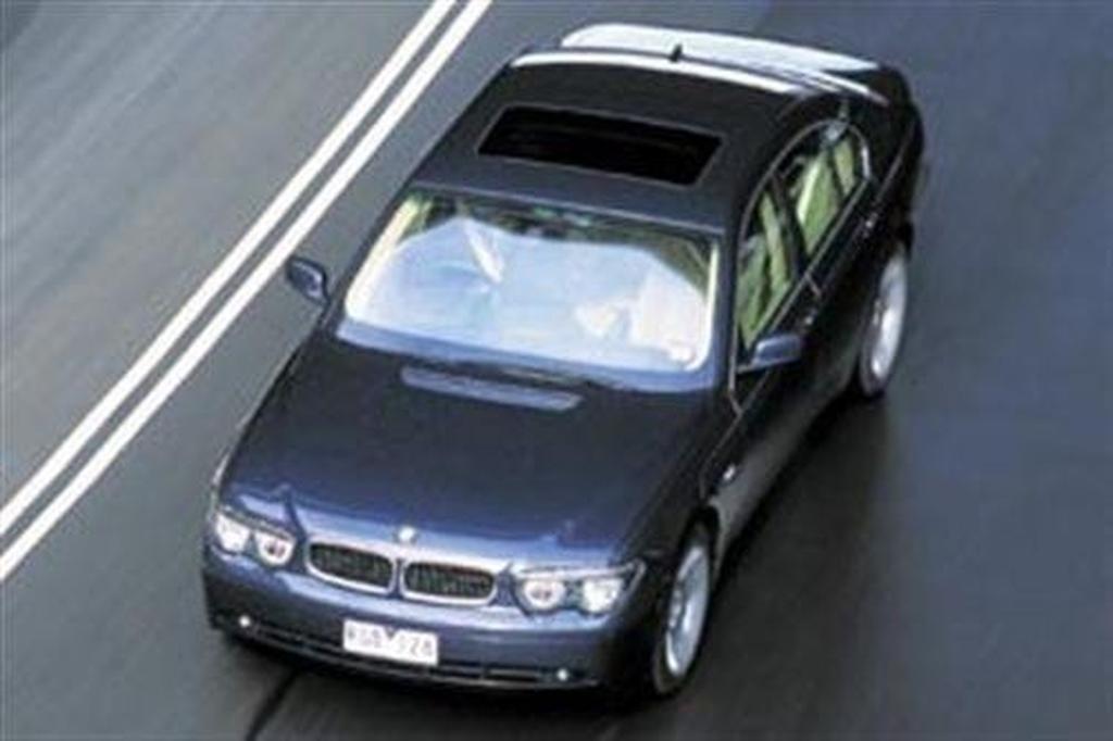 Bmw 745i V Lexus Ls430 V Mercedes Benz S430 Carsales