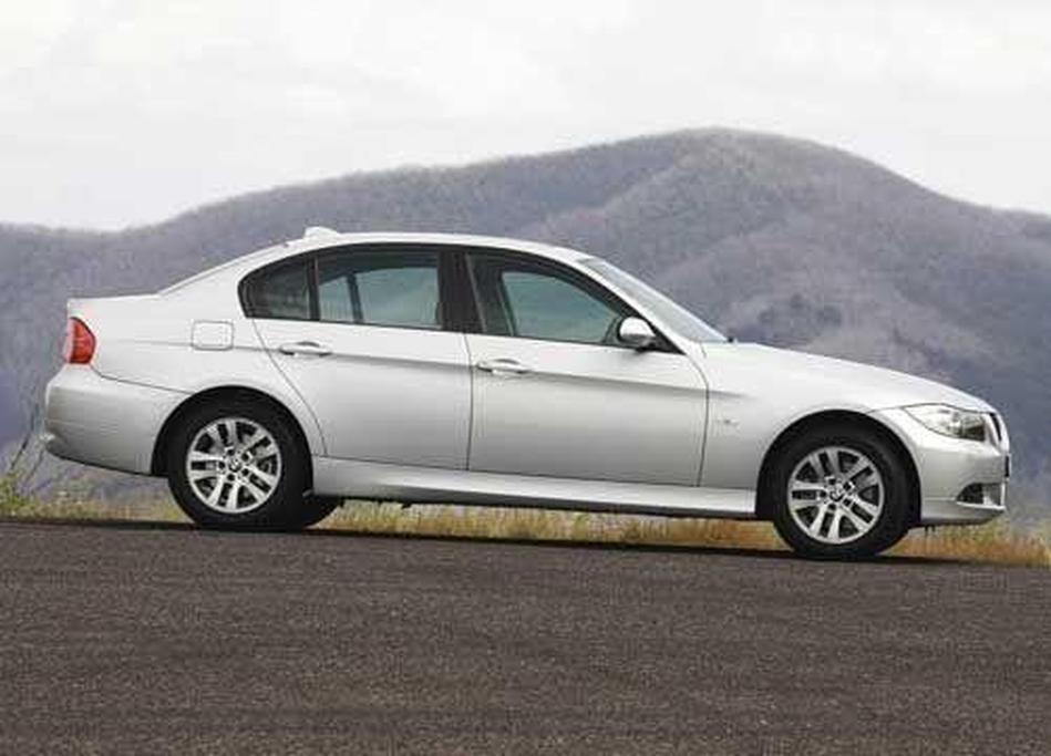 BMW 320d - www carsales com au