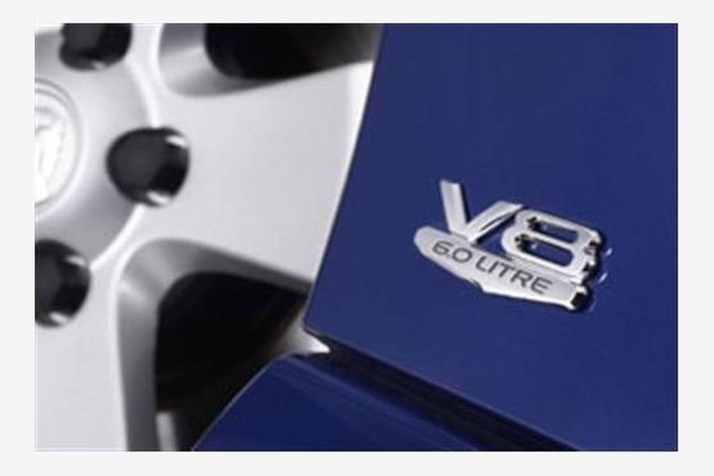 Holden Commodore VZ V8 L76 6 0-litre Update - www carsales com au