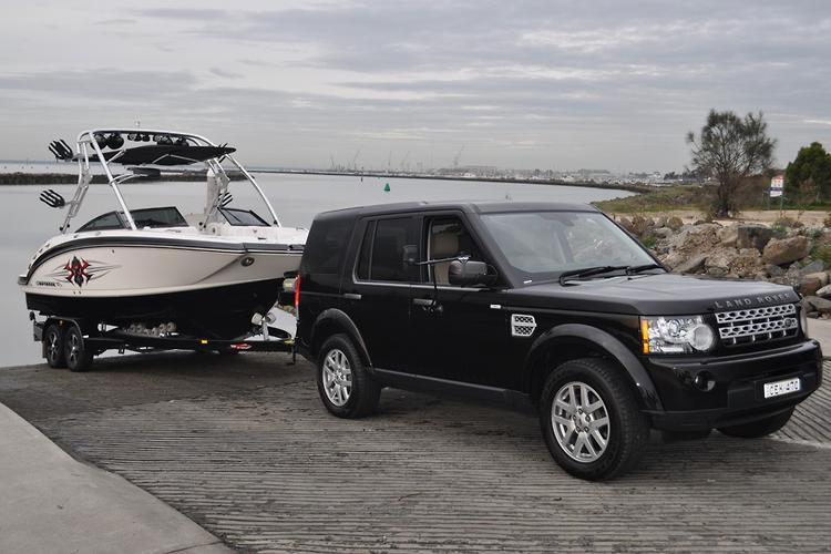land rover discovery 4 2013 tow test www carsales com auVehicle To Trailer Wiring Australian Land Rover Owners #3