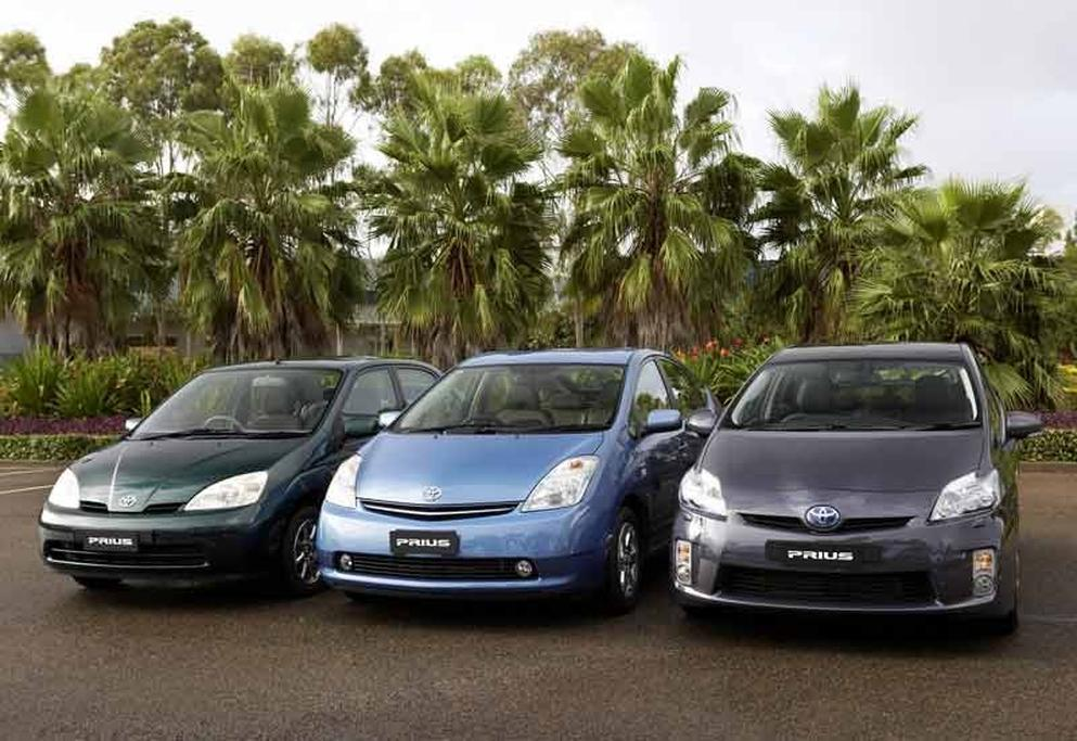 Toyota Prius: Eight-year hybrid battery warranty for Toyota, Lexus