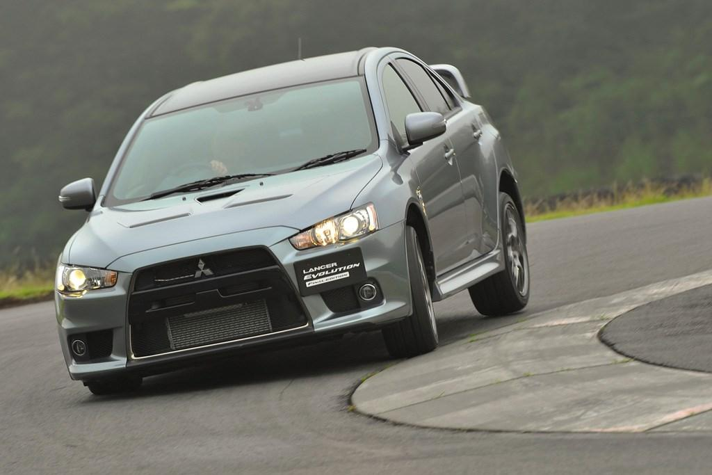 mitsubishi lancer evo final edition 2015 review - www.carsales.au