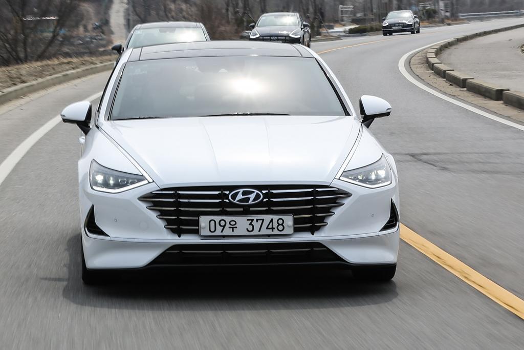 97944b2a Hyundai Sonata 2019 Review - www.carsales.com.au